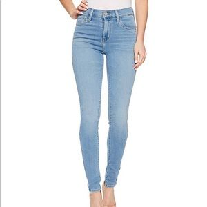 Levi's || 720 | High Rise Super Skinny